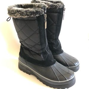 Bass lined quilted zip up black winter boots/ 8